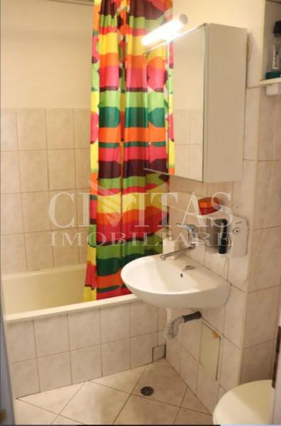 De vanzare apartament 4 camere, Manastur, zona Napolact