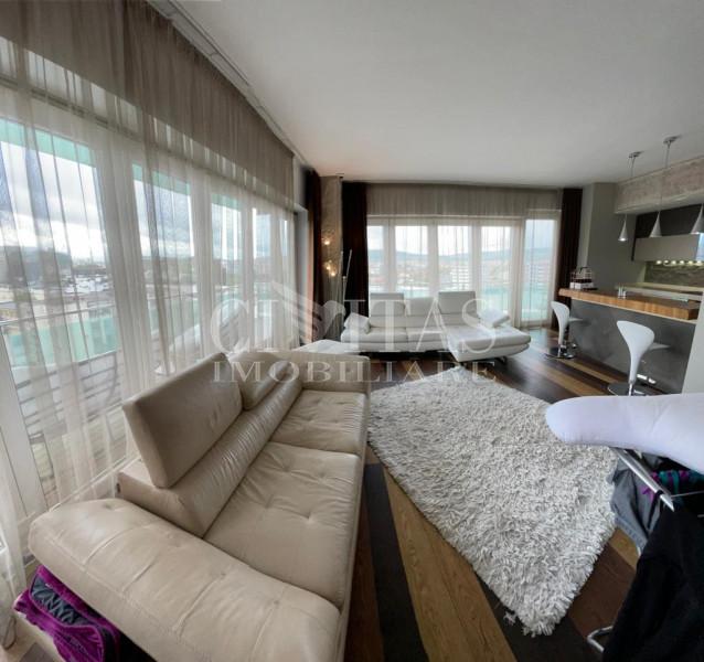 Apartament de lux cu 2 camere Viva City cu panorama superba + loc de parcare!!!!
