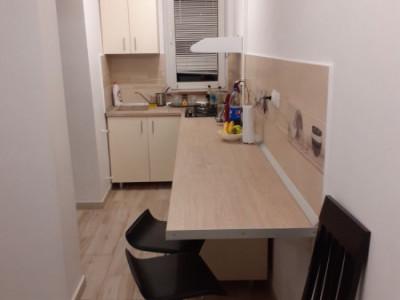 Apartament 2 camere, 51 mp, decomandat, Plopilor