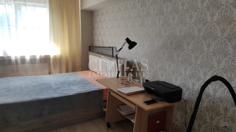 Garsoniera zona Expo Transilvania, 21 mp, moderna, ideal investitie