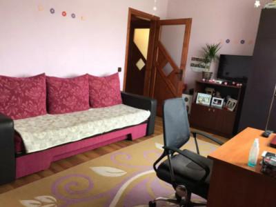 2 camere, ctie noua, zona strazii Rasaritului