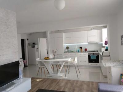 Apartament cu 2 camere cu finisaje de lux in Borhanci, loc de parcare, 55 mp