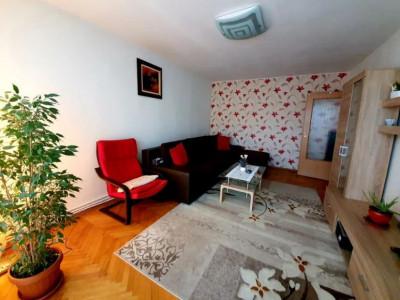 Apartament 3 camere, 68 mp, 2 bai, 2 balcoane, Plopilor