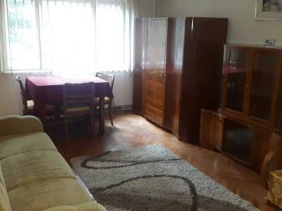 Apartament 2 camere, decomandat, mobilat si utilat, piata Cipariu!