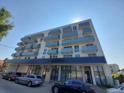 Apartament cu 3 camere, ctie noua, zona strazii Campina