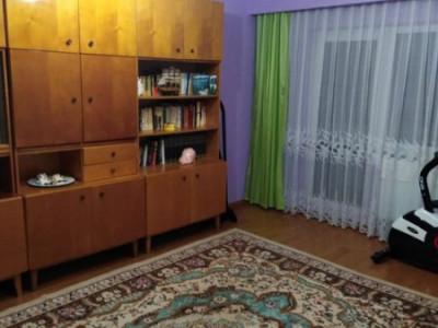 Apartament cu 3 camere, etaj 3/4, 64 mp, decomandat, 2 bai, 2 balcoane, Zorilor