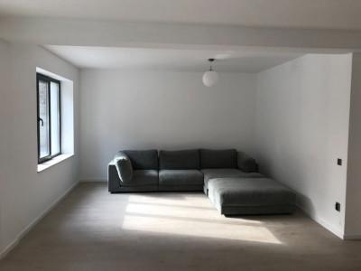 Apartament cu 2 camere, 60 mp, zona Edgar Quinet