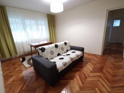 Apartament cu 3 camere, zona Big