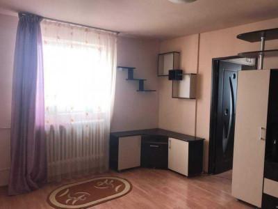 Apartament cu 2 camere, mobilat si utilat, zona linistita, in Gheorgheni!