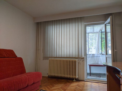 Apartament cu 2 camere, 51 mp, decomandat, zona strazii Primaverii