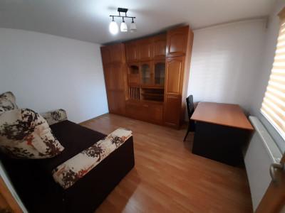 Apartament cu 2 camere, in c-tie tip vila, in Andrei Muresanu!